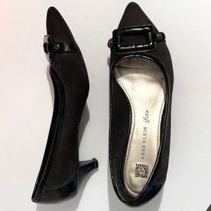 Anne Klein iflex black patent kitten heel shoes